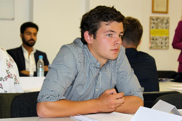 Globe College student Sören