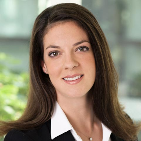 Globe Business College Alumna Isabell